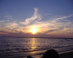 saulriets virs Baltijas jūras