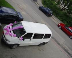 izdekorēts mikroautobuss