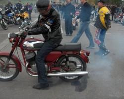 sezono uždarymas Jawa 250