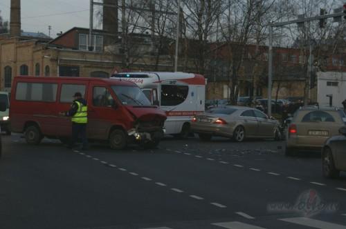 Auto Sadursmes Riga un Citur...