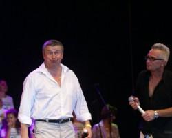 Dziedoso aktieru koncerts - 2. foto