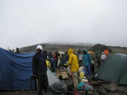 Viena no nometnēm uz Kilimandžaro (Tanzānija)