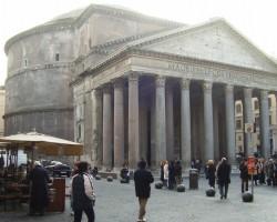 Romas panteons