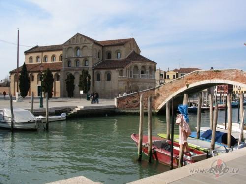 <span class=&quot;f15 lh1p5&quot;>Venice</span>