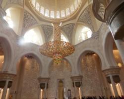 baltā Šeiha Zaida mošeja