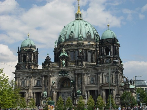 <span class=&quot;f15 lh1p5&quot;>Vācija-Berlīne</span>