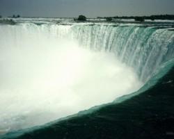 Kanāda-Toronto-Kvebeka-Niagāras ūdenskritums - 3. foto