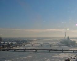 Pilsēta ..... - 2. foto