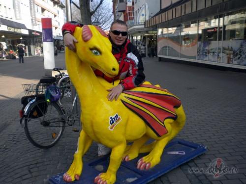 pie mums uz ielām govis, viņiem pūķi ..... :) (Austrija)