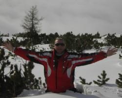 Kad sniegs līdz ................. ceļiem ! :))))