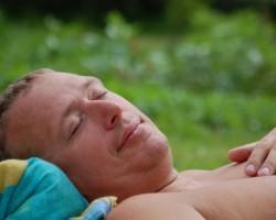 Salds miegs .... kas guļ tas negrēko ! :D