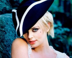 Charlize Theron - SIMPLY THE BEST ! ;)