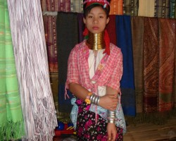 Taizemes garo kaklu meitene