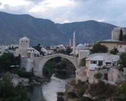 Mostaras simbols - vecais tilts