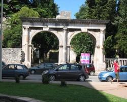 Romiešu arhitektūra Pulā
