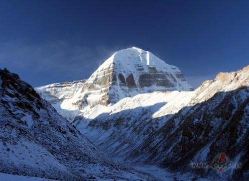 Tibetas svētais kalns Kailašs