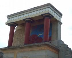 saprotama lieta, restaurētas fragments.apakšā bija Mīnotaura miga!