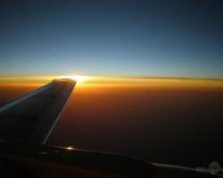 lidojums mājās...