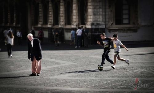 Vecums nenāk viens (Itālija)